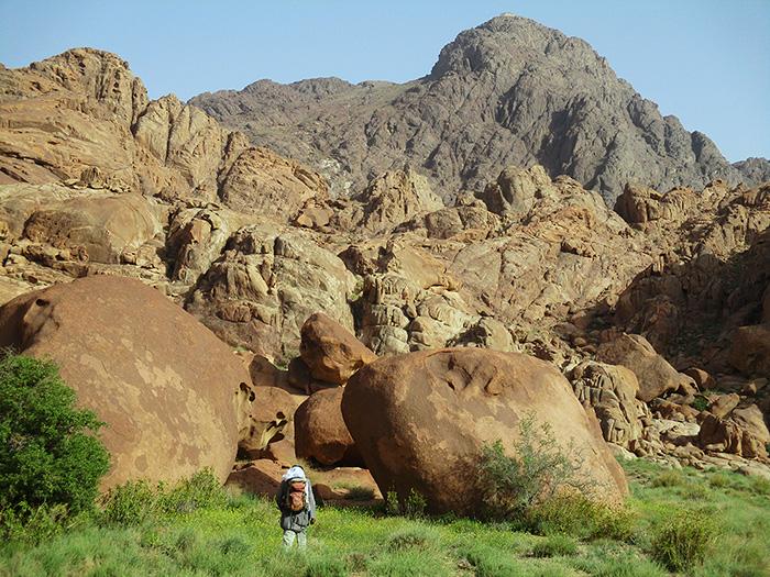 ג'בל קתרינה הקדושה - ההר הכי גבוה בסיני ובמצרים - טיולים לסיני - טיול למנזר סנטה קתרינה - טרקים בהר הגבוה - טיולים בסיני