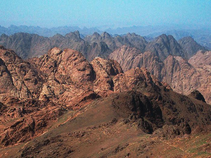 הר קתרינה - מרומי סיני - טרקים מטיבי לכת בסיני - גילי ששון טיולים לסיני 1
